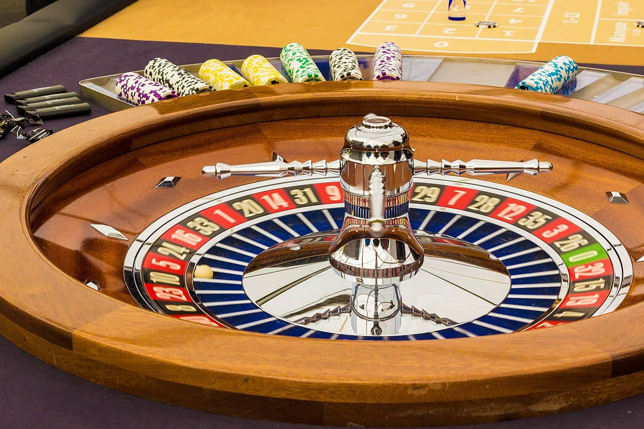 Roulette Statistics and Prediction